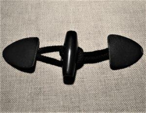 Fermoir brandebourg cuir Noir pour duffle-coat avec cordon et bouton en noir